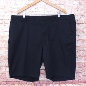 Lane Bryant   Flat Front Black Bermuda Shorts